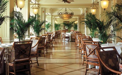 The Peninsula Hong Kong The Verandah restaurant colonial style decor greenery