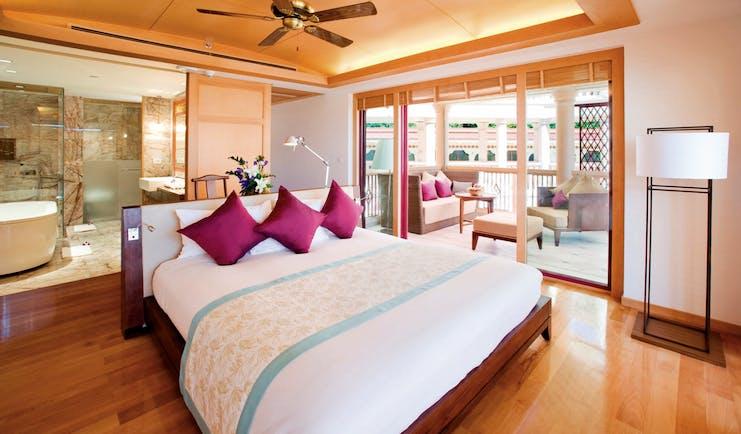 Centara Grand Beach Resort Thailand premium ocean facing room bed en suite private terrace
