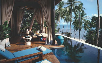 Four Seasons Koh Samui Thailand private pool and terrace sun loungers overlooking beach