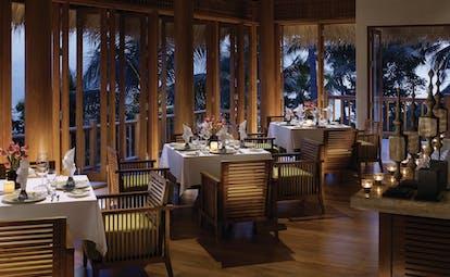 Four Seasons Koh Samui Thailand restaurant indoor dining area authentic décor