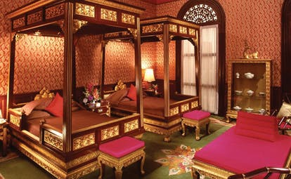 Mandarin Oriental Bangkok Thailand Somerset suite two four poster beds chaise longue opulent decor