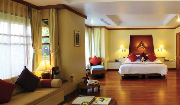 Santiburi Resort Thailand villa room bed lounge area modern décor