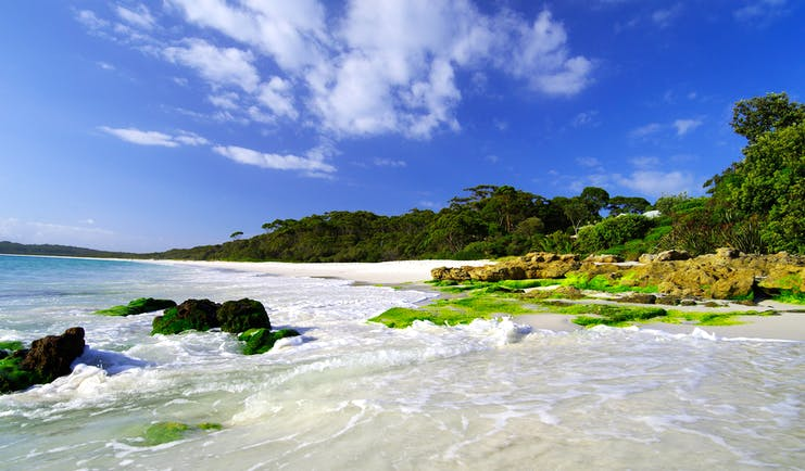 Hyams Beach, New South Wales, waves, white sandy beach