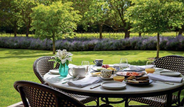 Marlborough Lodge Blenheim and Marlborough outdoor dining room with garden view