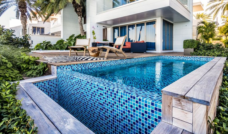 Hodges Bay Resort townhouse exterior, private terrace and plungepool