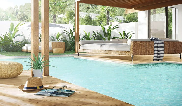 Silversands Grenada spa pool seating area relaxation area