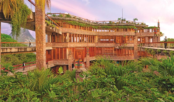 Jade Mountain St Lucia hotel exterior bridges stone columns