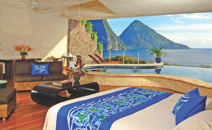 Jade Mountain St Lucia moon bedroom missing fourth wall infinity pool overlooking Caribbean sea and Pitons