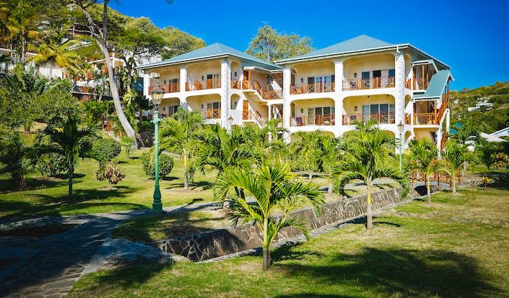 Bequia Beach hotel exterior, buildings, gardens, lawn, palm trees