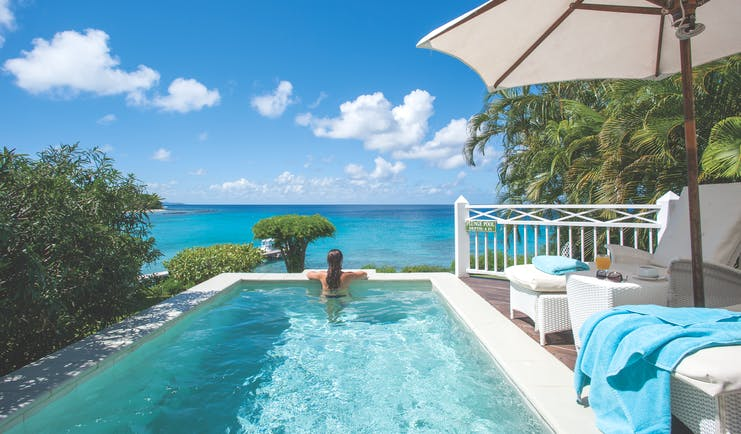 Cotton House St Vincent and the Grenadines infinity pool overlooking ocean
