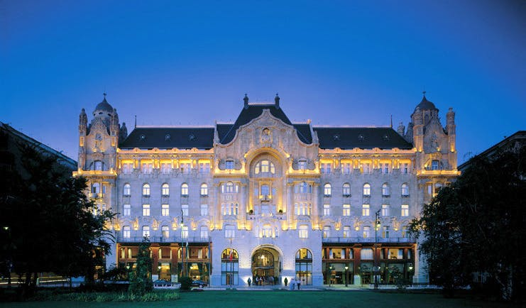 Four Seasons Gresham Palace Hungary facade building lit up at night