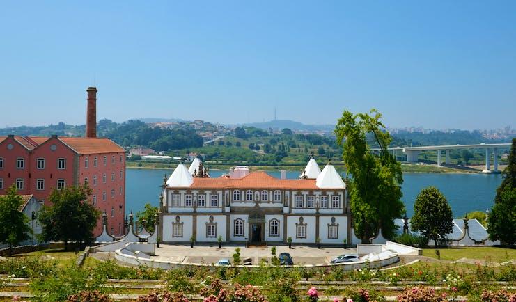 Pestana Palacio do Freixo exterior, grand 18th century palace, gardens to the front, river in background