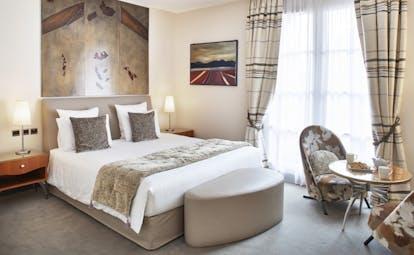 Regent Petite France superior room beige and light colours