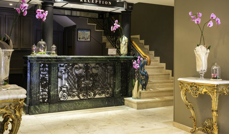 Hotel Regent Contades reception with staircase