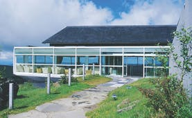 Bras Le Suquet exterior, converted barn, with glass conservatory, contemporary architecture
