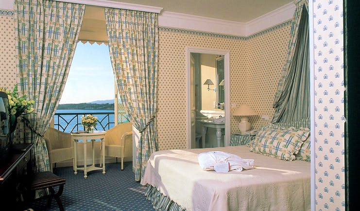 Grand Hotel Basque Country bedroom with sea view