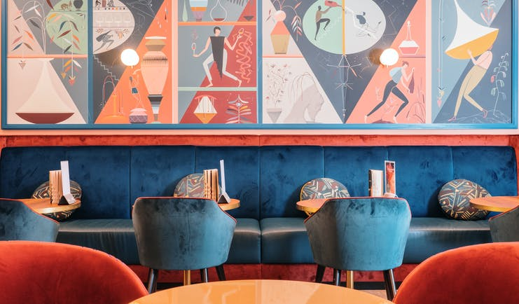 Le Burdigala Bordeaux colourful bar with painted walls