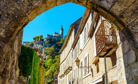 Archway and village houses in Rocamadour in the Dordogne