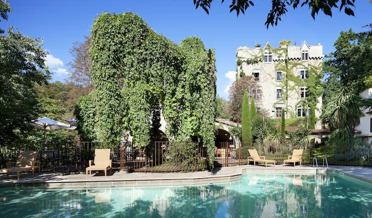 Chateau de Riell swimming pool