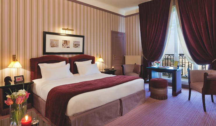 Hotel Royal Barriere superior room, double bed, desk, chair, traditional decor