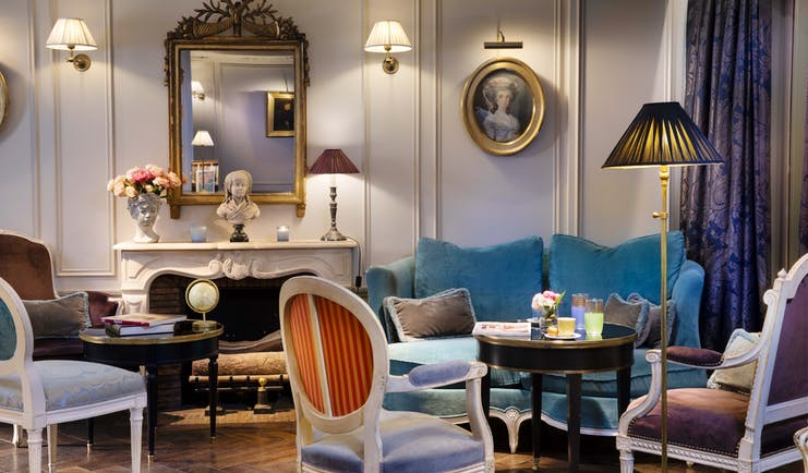 Hotel de Buci lobby bar, velvet armchairs, velvet sofa, elegant decor