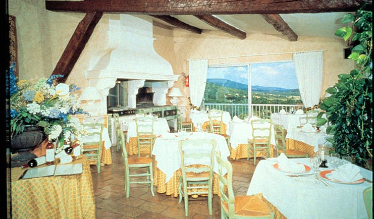 Bastide du Calalou Provence restaurant overlooking countryside fireplace