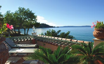 Le Club de Cavaliere Provence terrace with sun loungers overlooking the sea