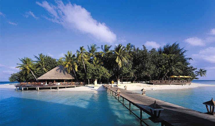 Banyan Tree Maldives jetty leading from beach white sand clear blue water