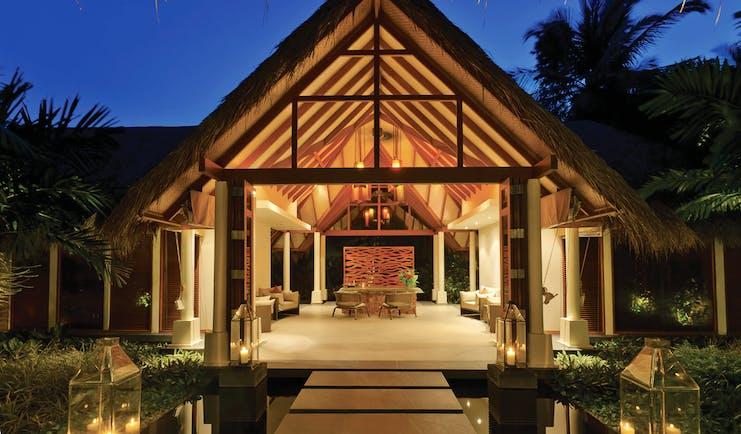 Baros Spa Maldives spa entrance elegant décor