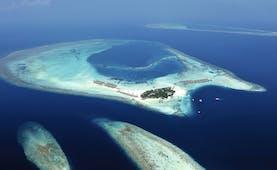Constance Moofushi Maldives aerial view of island