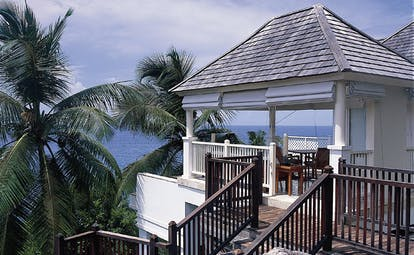 Banyan Tree Seychelles intendance pool villa steps palm tree ocean view