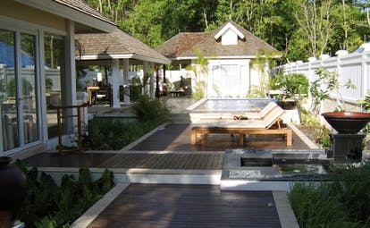 Banyan Tree Seychelles villa exterior loungers private plunge pool