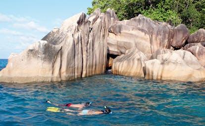 Domaine de la Reserve Seychelles ocean snorkelling rocks forest