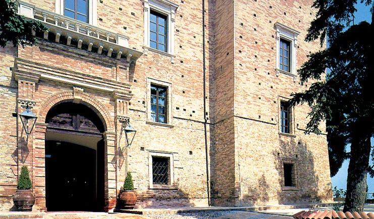 Castello Chiola Abruzzo exterior traditional architecture driveway