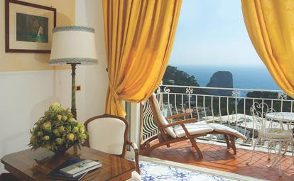 Hotel Quisisana Capri junior suite balcony private outdoor seating area overlooking sea