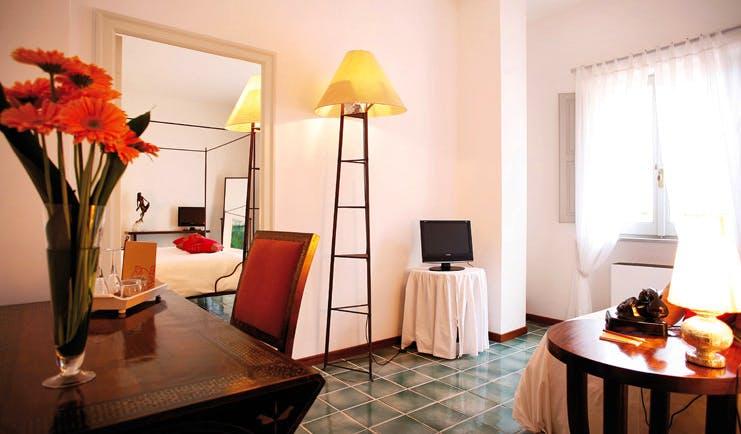 La Locanda Delle Donne Monache Basilicata classic room bed wardrobe modern décor