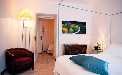La Locanda Delle Donne Monache Basilicata guest suite seating area modern décor