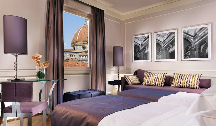 Hotel Brunelleschi Florence deluxe bedroom with direct view of Duomo