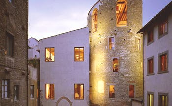 Hotel Brunelleschi Florence exterior lit up windows old architecture