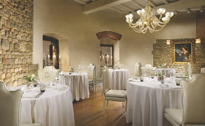 Hotel Brunelleschi Florence restaurant indoor dining white tables and chairs