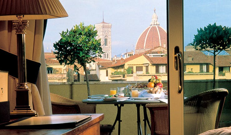 Hotel Lungarno Florence terrace breakfast views of the Duomo