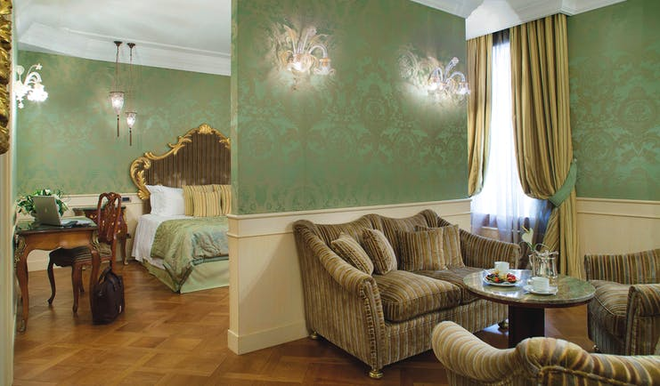 Baglioni Hotel Luna Venice junior suite lounge area dividing wall bedroom