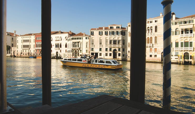 Palazzo Giovanelli Venice exterior of hotel from across the canal