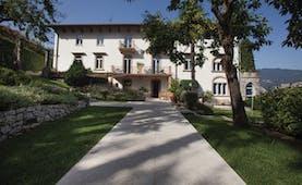 Bellevue San Lorenzo Lake Garda exterior gardens lawns trees