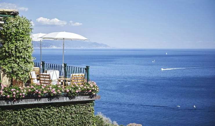 Splendido Portofino terrace outdoor dining area overlooking the sea