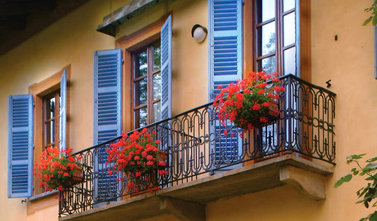 Villa Beccaris Piemonte windows shuttered windows traditional architecture