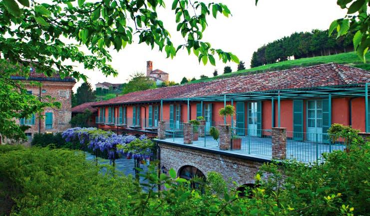 Relais Sant'Uffizio Piemonte buildings patio trees shrubs