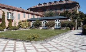 Relais Sant'Uffizio Piemonte exterior hotel building traditional architecture