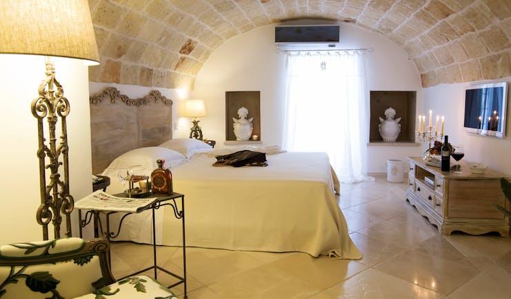 Don Ferrante Puglia superior room contemporary décor