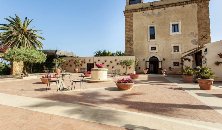 Hotel Baglio Della Luna Sicily exterior hotel building patio outdoor seating